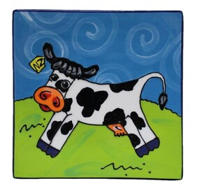 NZ Made Handpainted - Theme Plates 19cm - Cow
