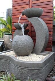 Pot of Gold Water Feature 75cm x 100cm