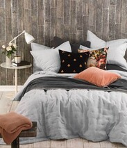 LAUNDERED LINEN BEDSPREAD PEWTER