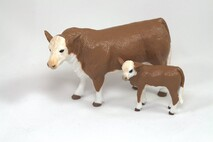BIG COUNTRY TOYS - HEREFORD COW AND CALF