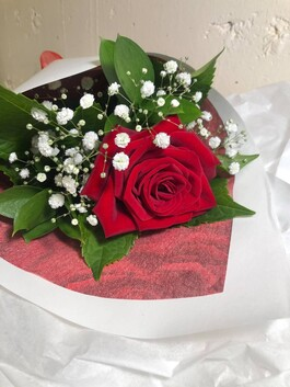 Single Red Rose - Gift Wrapped