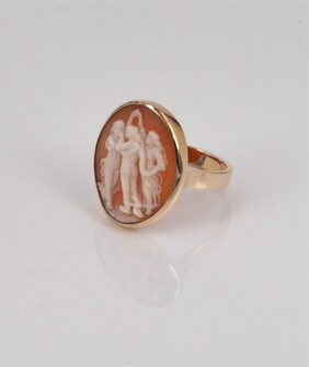 Ring - The three Graces