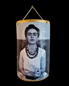Frida tile - Large