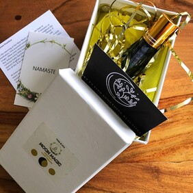 MANIFEST Essential Oil Blend: harness the energies of the New Moon