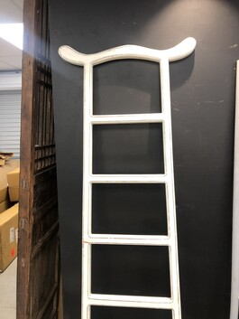 Ladders Lacquer