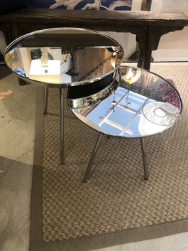 Mirrored table nest