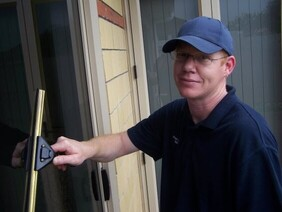 Window cleaning 5 bedroom home single level