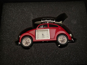 Collectable VW Beetle with Surfboard Clock - Red