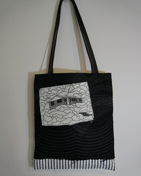 The Quilted Bag (Free shipping)