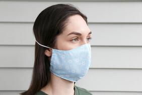 Daisies Mint Cotton Face Mask