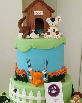 Cats & Dogs Cake
