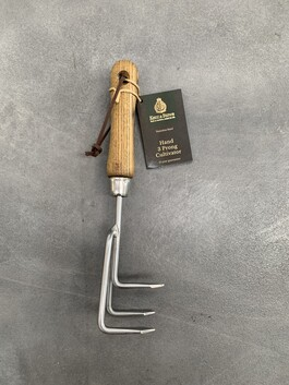 Hand 3 Prong Cultivator