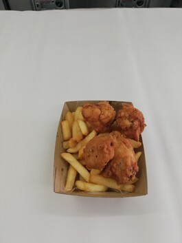 Southern Style Chicken Nibbles & Chips