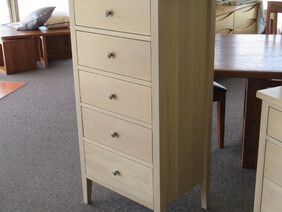 Chest of Drawers COD22